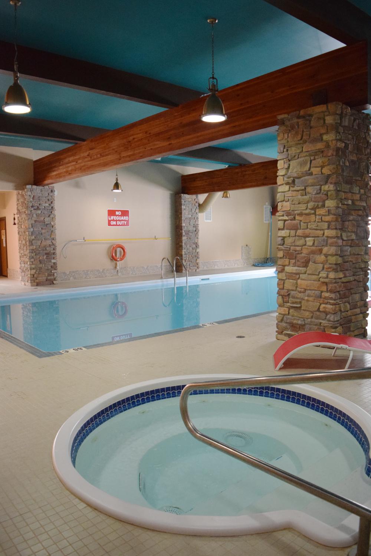 Jacuzzi Pool 1